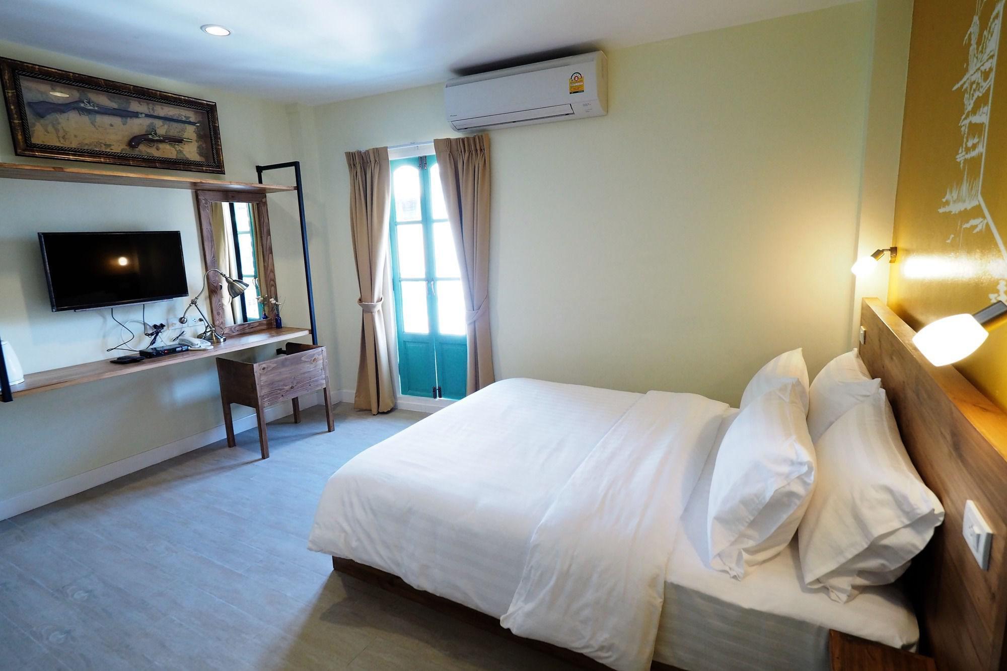 曼谷西丽珀什特尔酒店