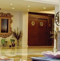 ススズル アトランティス ホテル