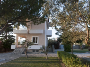 Messinian Blue Seaside Villa
