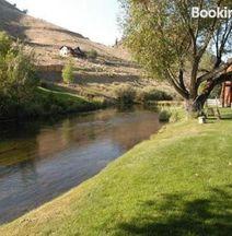 Monthly Rental; Flexible Rates!-2 Bedroom Brookside Condo in Town