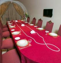 Lake Palace Hotel Baku