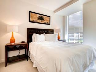 Global Luxury Suites in Walnut Creek
