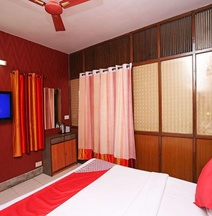 OYO 5249 Hotel Heera International