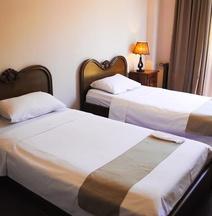 辛帕提亞飯店