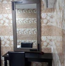 Ark Malawti Hotel