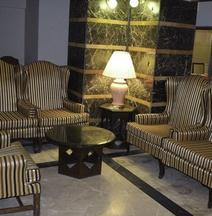 拉合爾卡爾頓塔酒店
