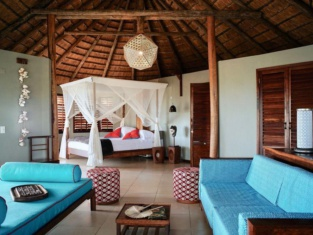 Coral Lodge 15.41