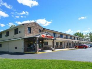 Econo Lodge Rochester I-90 & I-390