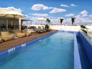 Holiday Inn Express & Suites Playa DEL Carmen