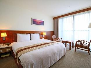 Yaling Hotel