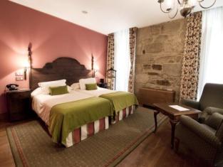 Hotel Virxe da Cerca by Pousadas de Compostela