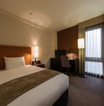 โรงแรมเจอาร์ คิวชุ บลอสซัม ฟุกุโอะกะ