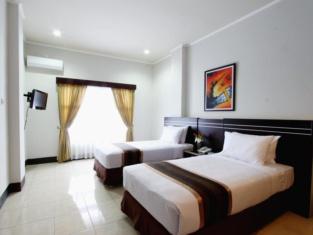 OYO 560 Maktal Hotel