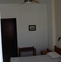 Notis Hotel