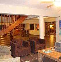 Wanapa Lodge