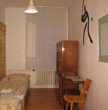 Hostel Bed - Breakfast Brno
