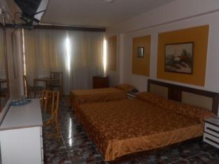Hotel Las 15 Letras