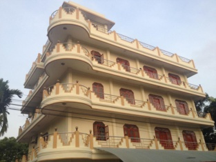 Hotel Blue Whale