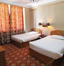 Yinzuo Hotel