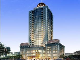 Lvweisi International Hotel (Beihai Wal-Mart)