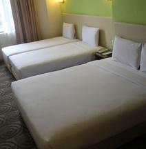 吉隆坡亞羅東姑阿都拉曼路希爾頓花園飯店