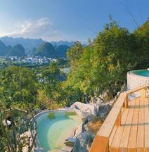 Fengsan Holiday Inn