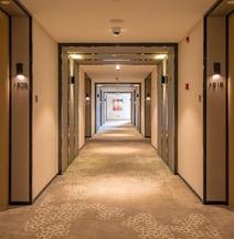 위즈덤 로즈 호텔