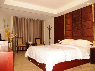 Tiantian Theme Hotel