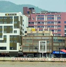 Huajing Dasha Hotel