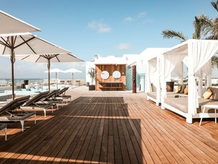 The Reef 28 - Adults Only - All Suites - With Optional Gourmet All Inclusive