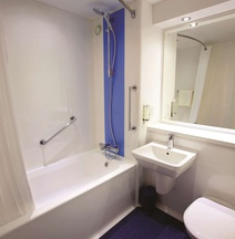 Travelodge Swansea Central