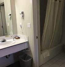 康特利赫尔斯酒店