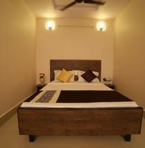 Hotel Bhavani Grand