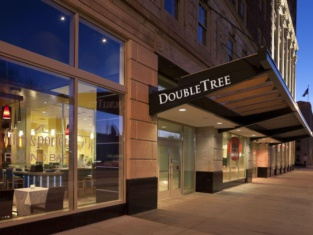Doubletree Guest Suites Fort Shelby/Detroit