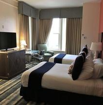 特拉華大道豪宅酒店