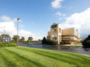 Red Lion Inn & Suites Dayton Airport