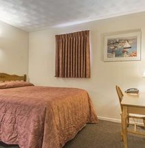 Econo Lodge Inn & Suites Saint John