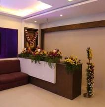 Sri Akb Classic Lodge