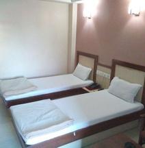 Hotel Shanti Sadan