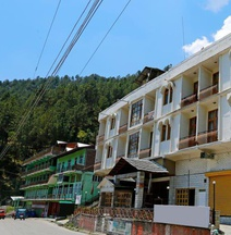 OYO 7341 Hotel Himalayan Hamlet