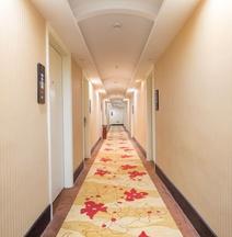 Aoti Hotel