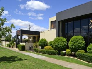 Best Western Chaffey International Motor Inn