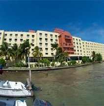 Ramada by Wyndham Princess Belize City