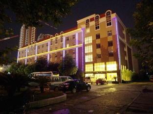 Imperial Court Gezhouba (VIP Building)
