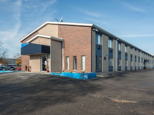 Motel 6-Madison, WI - East