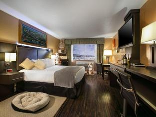 Prospector Hotel & Casino