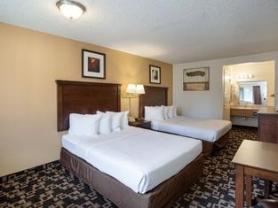 MorningGlory Inn & Suites
