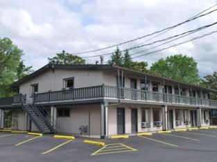 Hotel Medford North OR