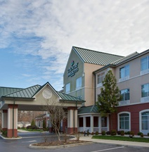 Country Inn & Suites by Radisson, Newport News South, VA
