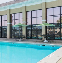 Quality Inn & Suites Near Gunter Annex Air Force Base